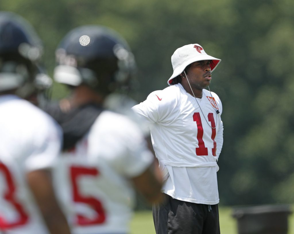 buy online a84f7 9946b Julio Jones in coach mode for start of Falcons' minicamp ...